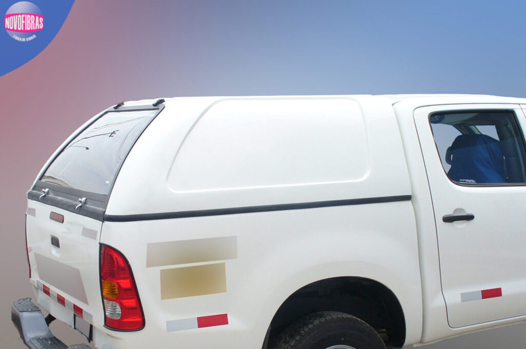 Caseta-Camioneta-Toyota-Hilux-lima