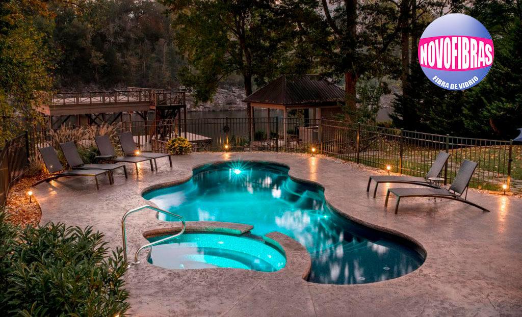 piscinas-de-fibra-de-vidrio-en-lima-peru